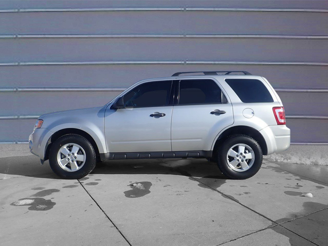 Pre owned 2010 ford escape xls