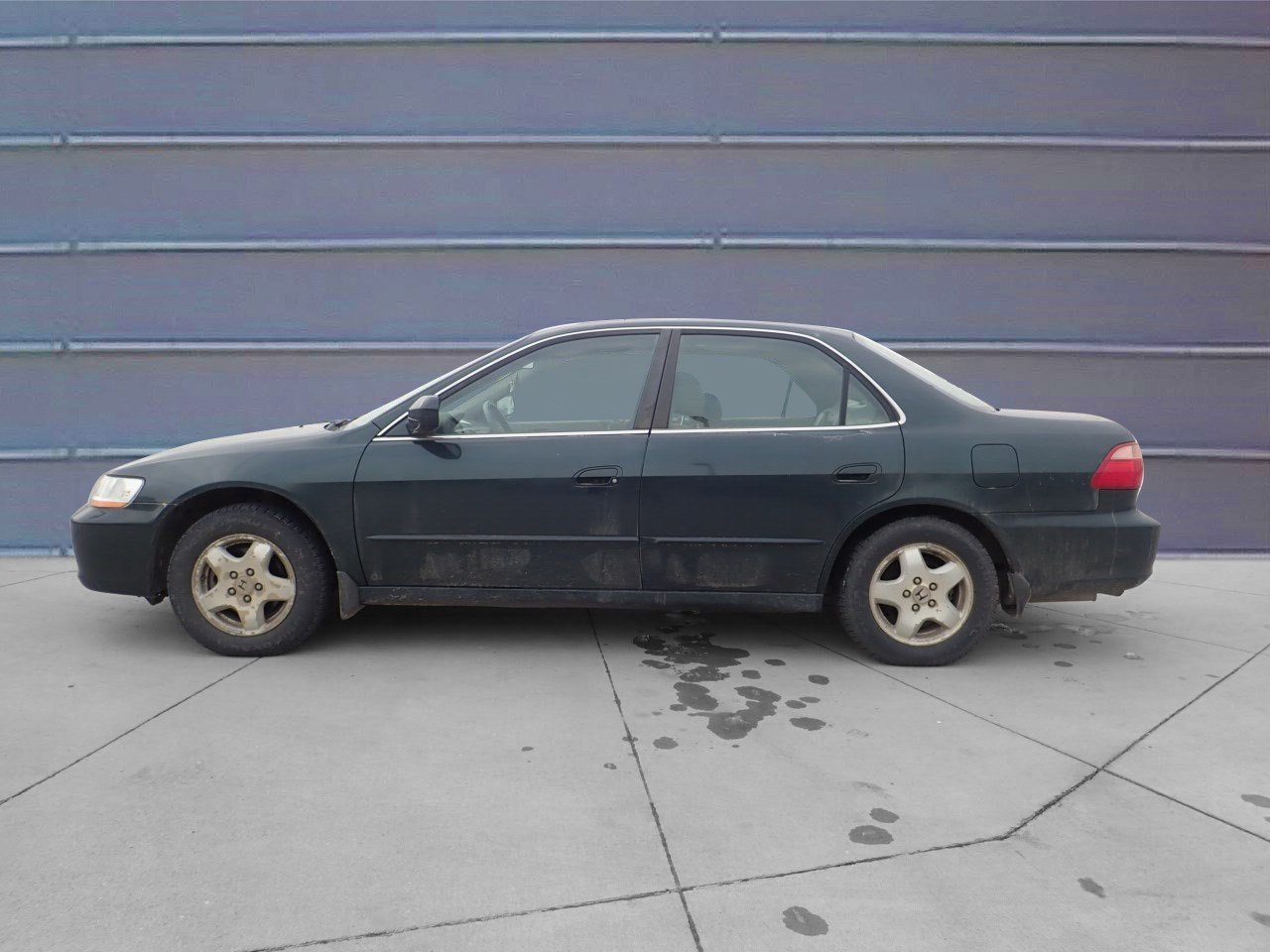 Pre-Owned 1999 Honda Accord Sdn EX