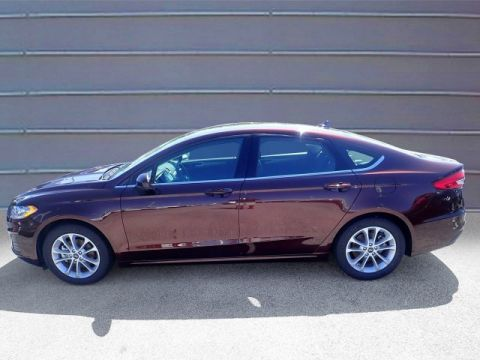 New 2019 Ford Fusion SE / Baxter Ford